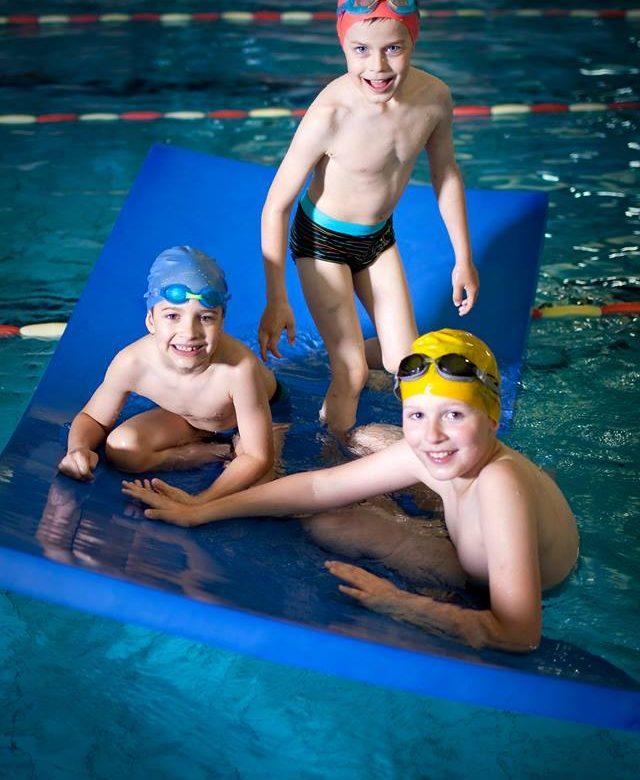 Nauka pływania w grupach